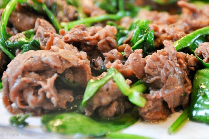 Straccetti di manzo con la rughetta (Beef 'Rags' with Arugula)