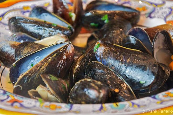 Italian Steamed Mussels