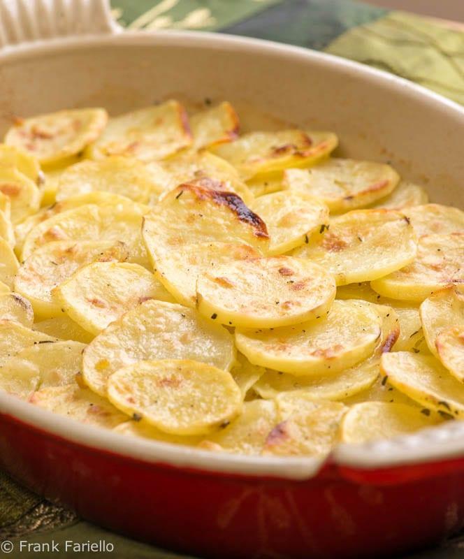 Italian Oven Roasted Potatoes (Patate al forno)