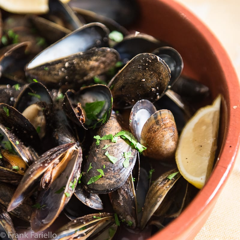 Impepata di cozze (Peppered Mussels)
