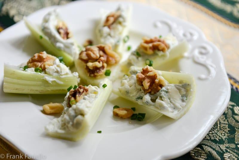Barchette di sedano (Celery Boats)